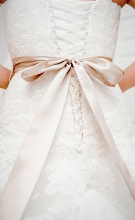 Suknia ślubna wiązanie